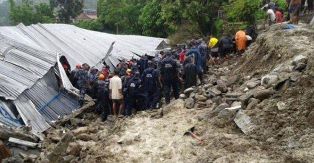 Nepal'de toprak kayması: 20 ölü
