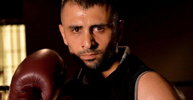 Şampiyon boksör ringlere geri dönüyor