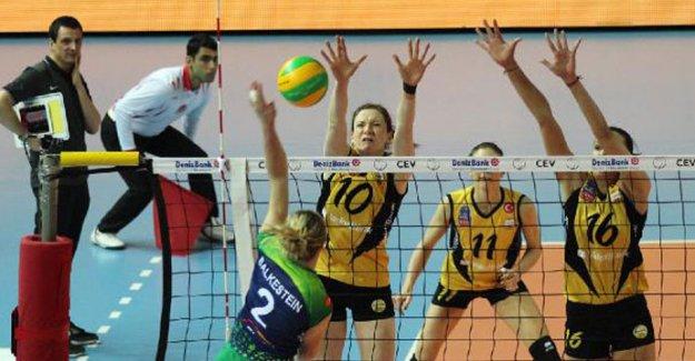 VakıfBank Şampiyonlar Ligi'nde liderliği garantiledi