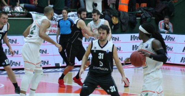 Banvit-Dominion Bilbao Basket: 73-65