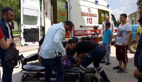Kanlar içinde yerde yatan Iraklı kadına acil müdahale