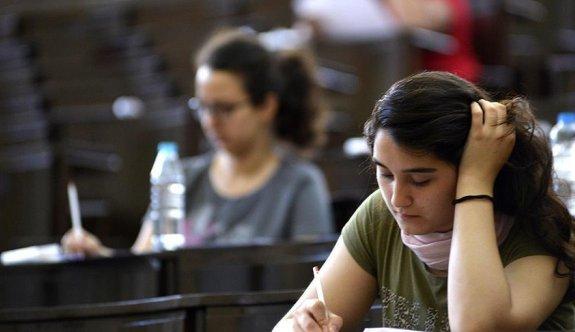 LYS-4 sosyal bilimler sınavı başladı