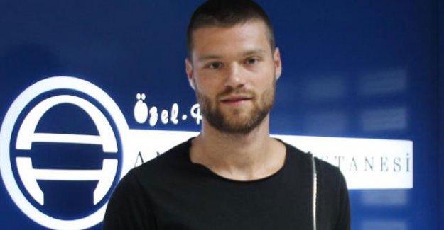 Antalyaspor Celustka ile 3 yıllığına anlaştı