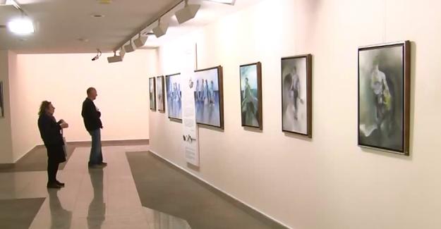 """""""Benim Gerçeklerim"""" adlı sergi Tünel Sanat Galerisi'nde açıldı"""